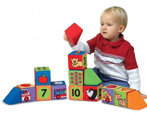 Block set develops imagination and motor skills